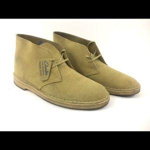 Clarks Men Beige Suede Desert Chukka Boots Size 10